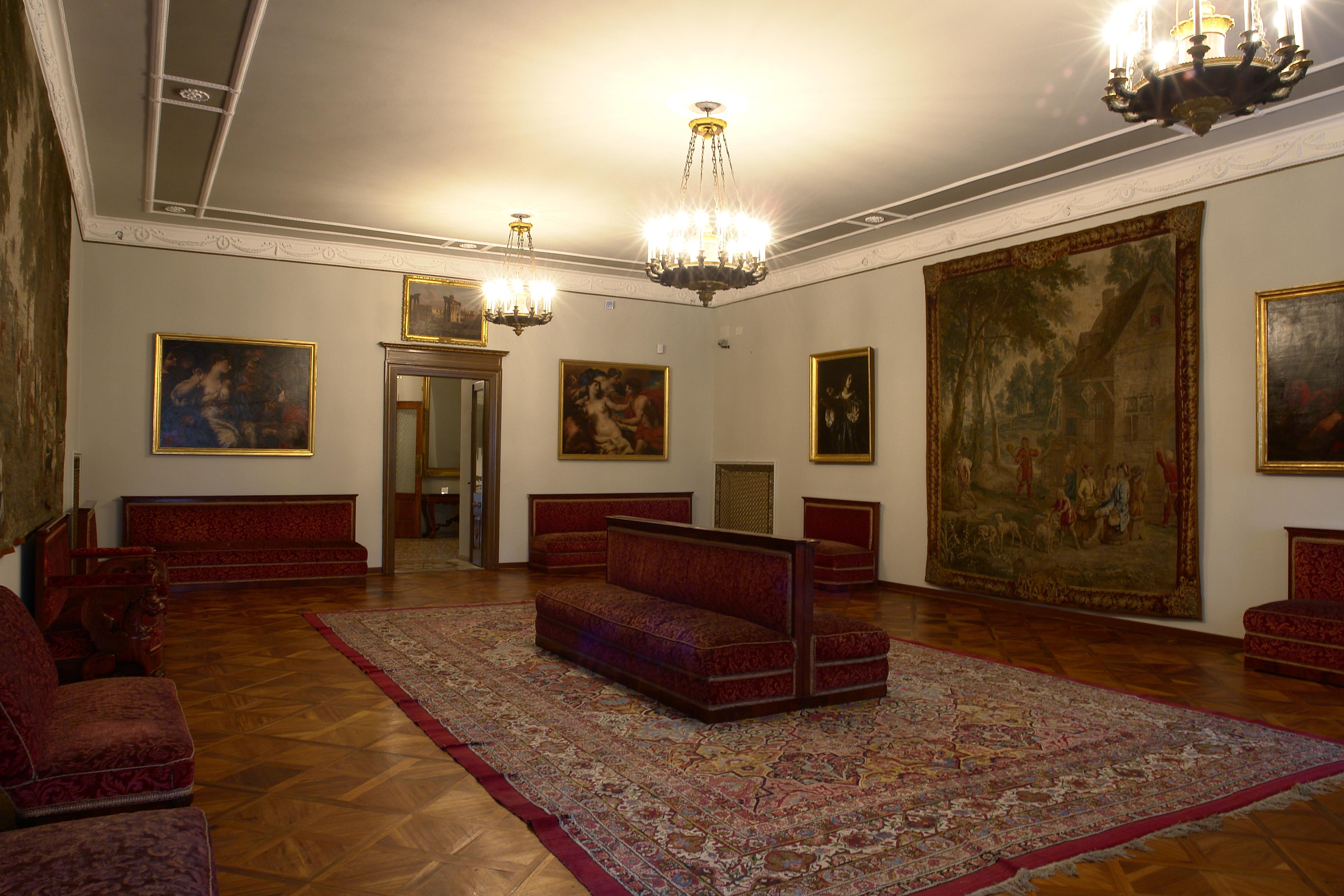 Primo piano civico museo sartorio comune di trieste for Planimetrie del palazzo con sala da ballo